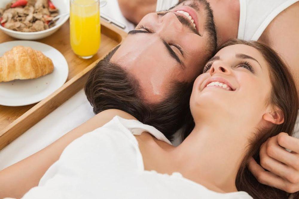 PAŽLJIVO ČITAJTE: 7 stvari koje baš svaki muškarac želi u krevetu