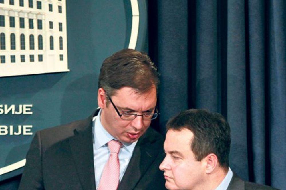 Vučić o Dačićevoj izjavi: Prvo da usaglasimo stavove, pa u onda u javnost