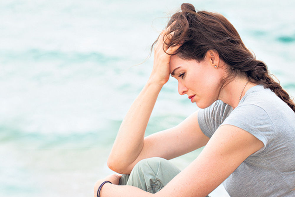 NAŠA SREĆA ZAVISI OD NAS: Ako imate ovih 10 navika, onda ste hronično nesrećni!