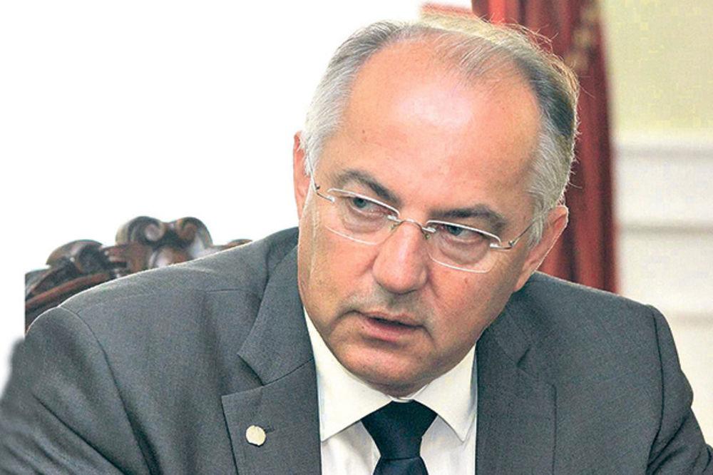 JOSIP JURATOVIĆ: Blokiranje Srbije u EU nije pravi put