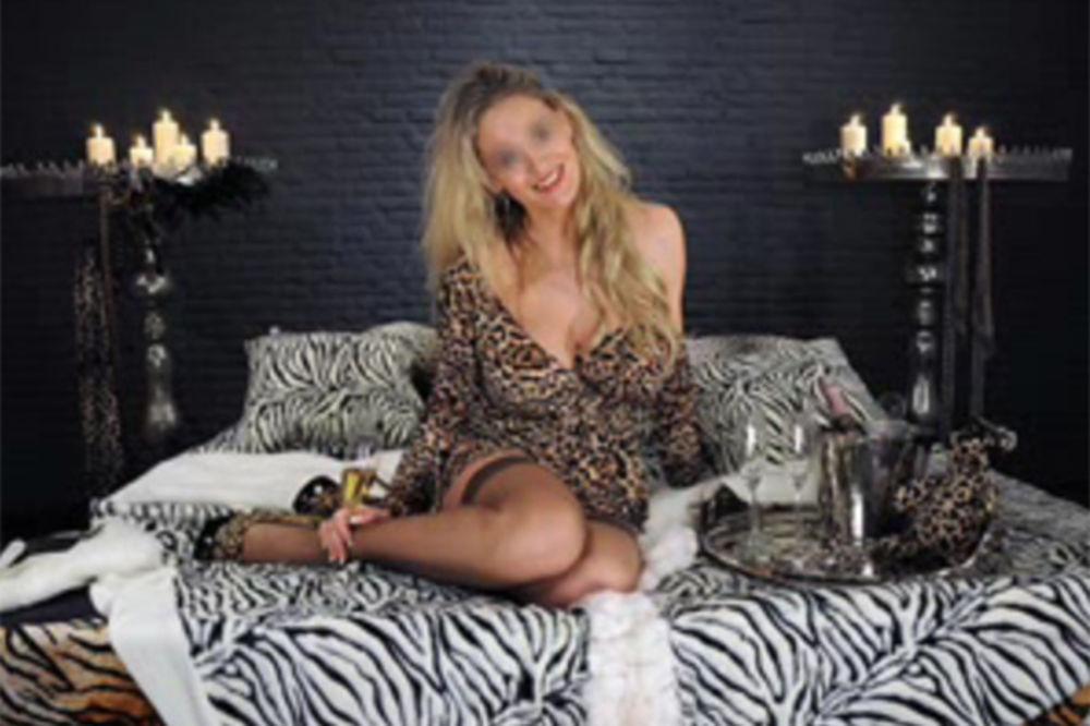(VIDEO) SEKS SKANDAL: Danju šefica u Centralnoj banci Holandije, noću perverzna prostitutka!