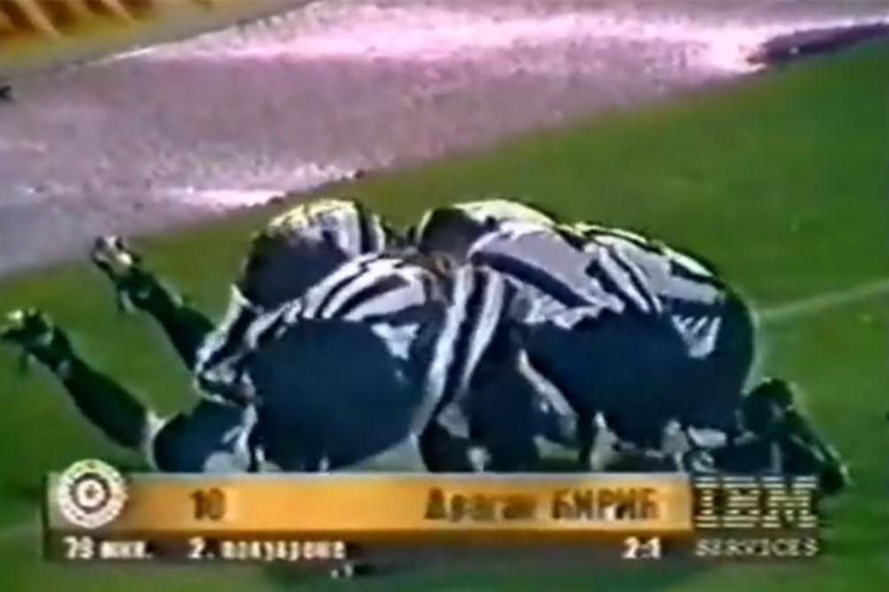 (VIDEO) Pre tačno 18 godina odigran jedan od najkontroverznijih večitih derbija
