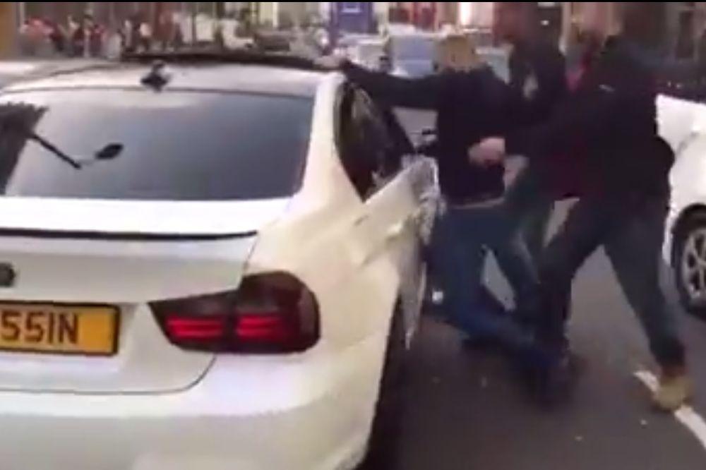 MISLITE DA JE BEOGRADSKI ASFALT OPASAN: U Londonu idu da ubiju zbog saobraćaja! (VIDEO)