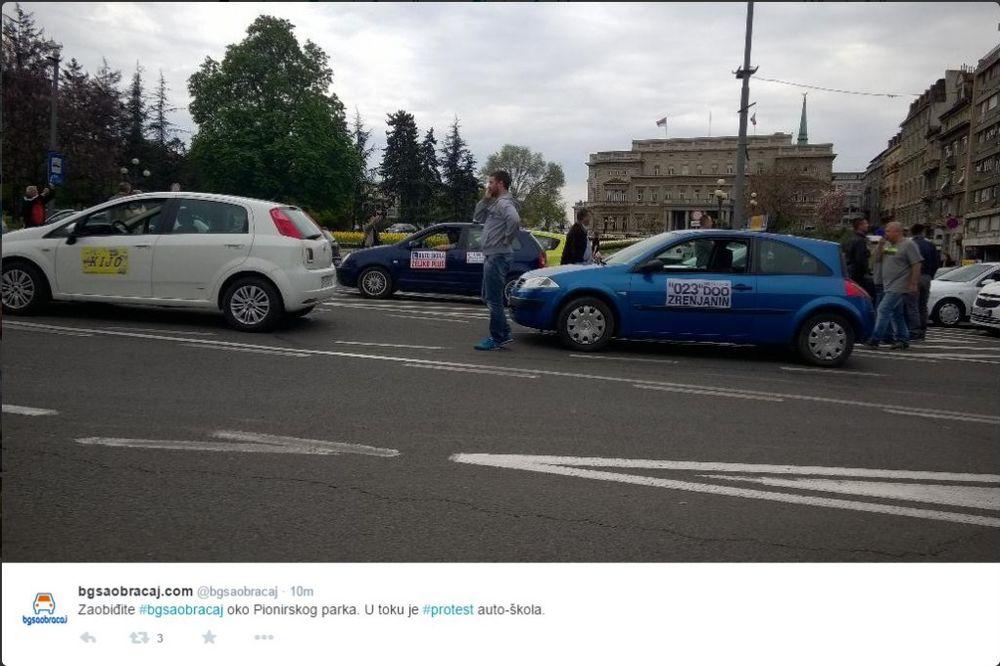 KOLAPS U BEOGRADU: Protest auto škola, blokiran saobraćaj od Autokomande do Slavije!