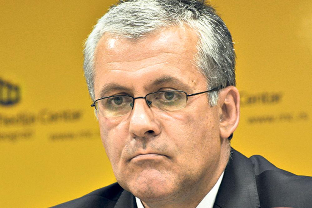 Dragan Nikolić (SNS): Bombe na Srbiju bile su humanitarne?!