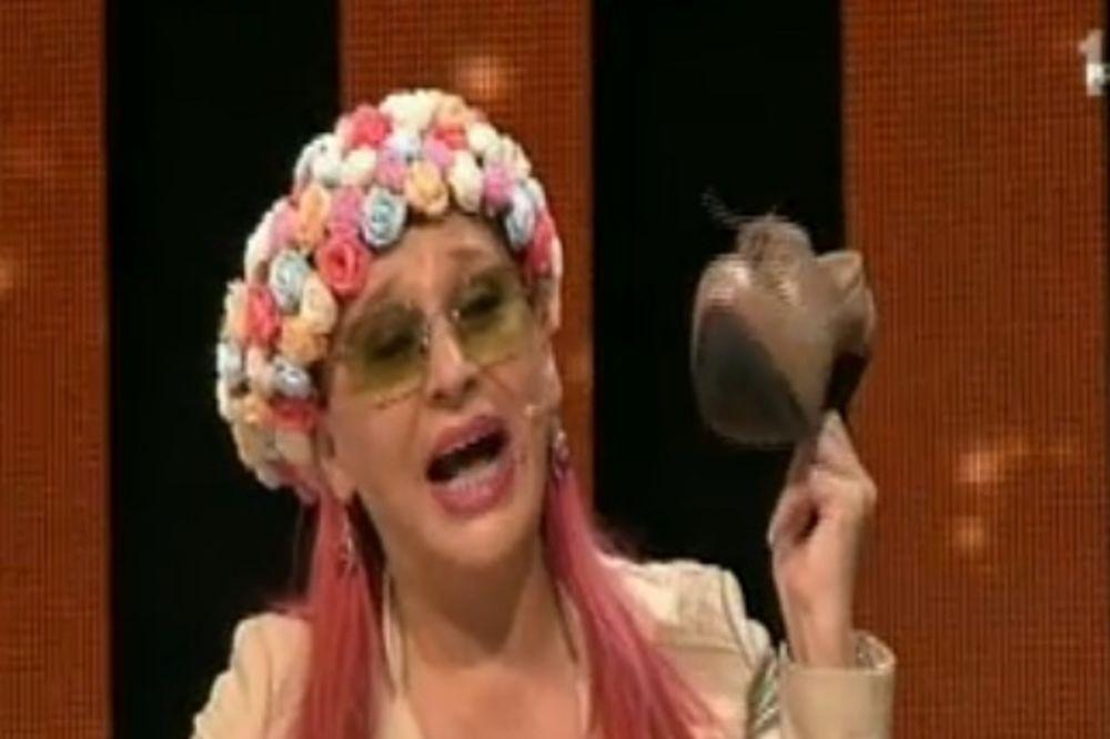 Popović: Zorica je stavila kapicu za kupanje! Brunclik: Saša, gađaću te cipelom!