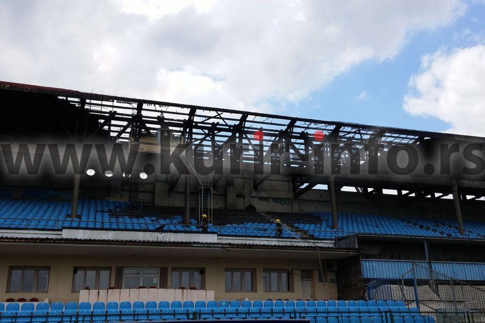 (FOTO) UGAŠEN POŽAR: Električne instalacije zapalile tribinu na stadionu Rada