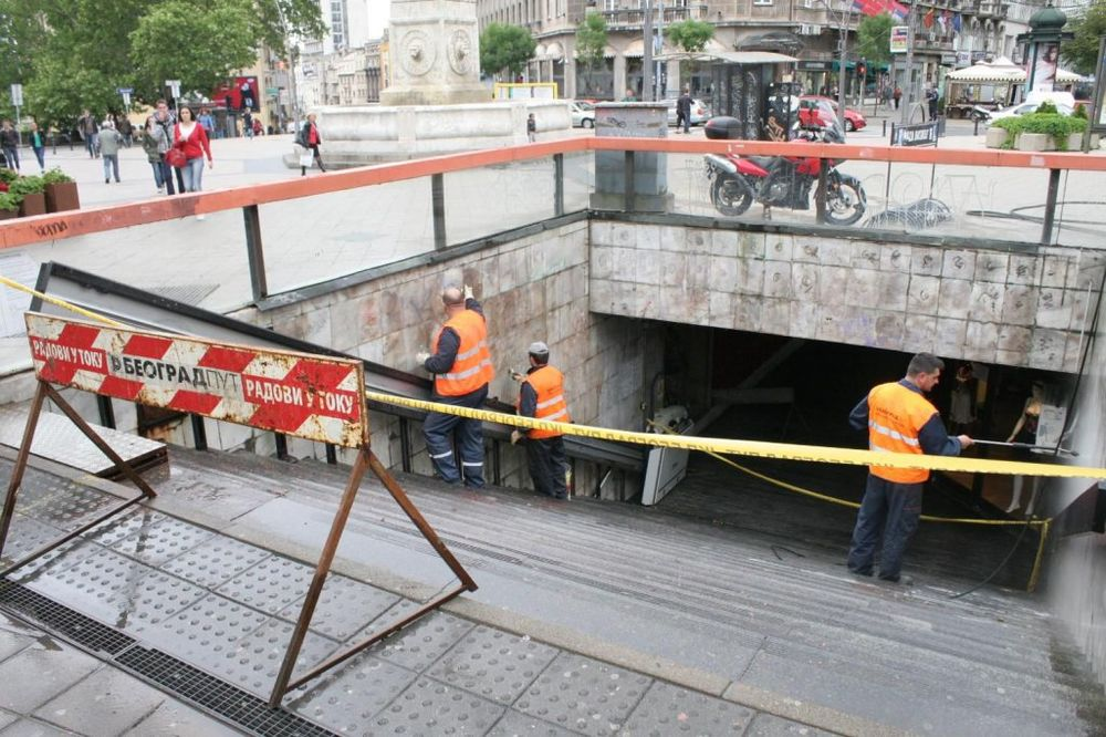 U CENTRU BEOGRADA: Podzemni prolaz između Terazija i Balkanske tone u misterioznu vodu!
