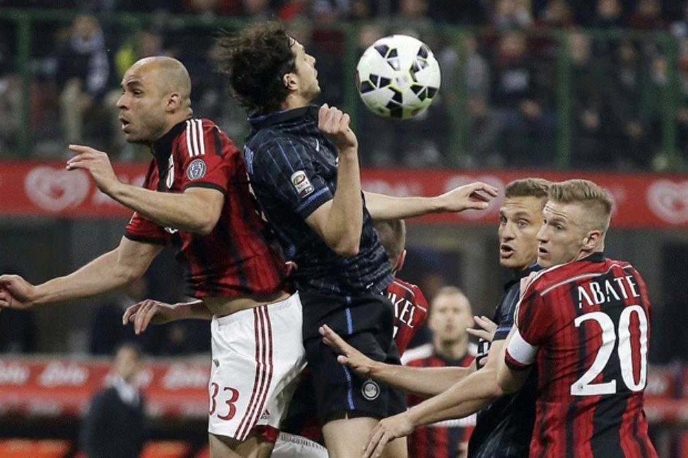 (VIDEO) DERBI OBELEŽILI NAVIJAČI: Inter sa Nemanjom Vidićem i Milan igrali bez golova