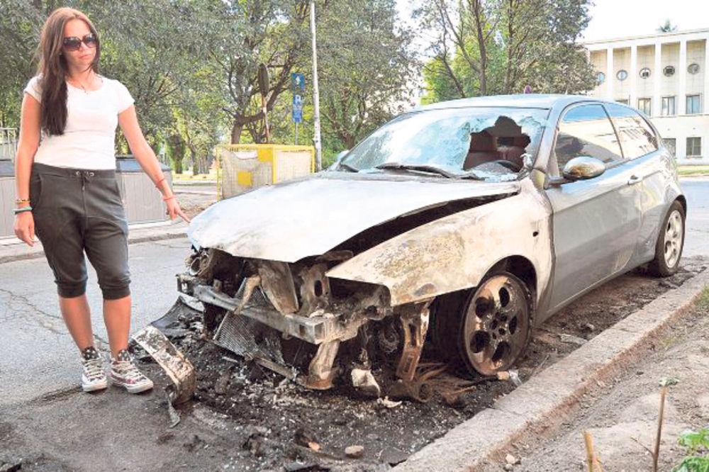 U PLAMENU: Automobili Novosađana na udaru piromana