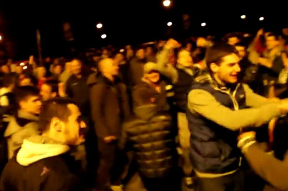 (VIDEO) INDIJA, PAKISTAN... Pogledajte kako su igrači Zvezde vređali Partizan