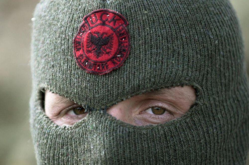UŽIVO HAOS U MAKEDONIJI: 40 naoružanih terorista OVK zauzelo policijsku stanicu Gošince