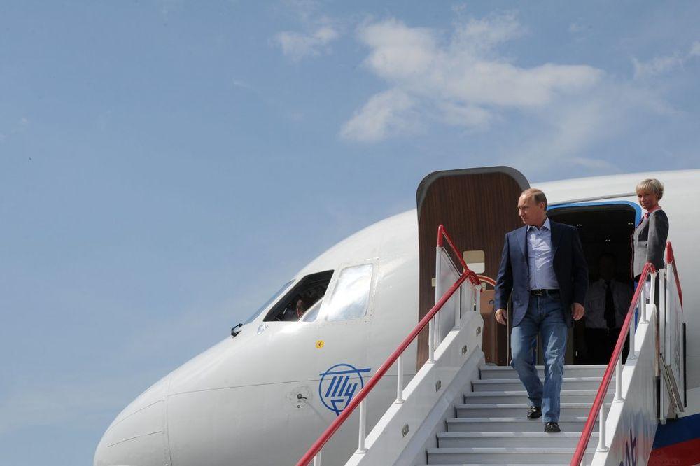(VIDEO) ČIME LETE PUTIN I OBAMA: Ovo su najmoćniji predsednički avioni na svetu!