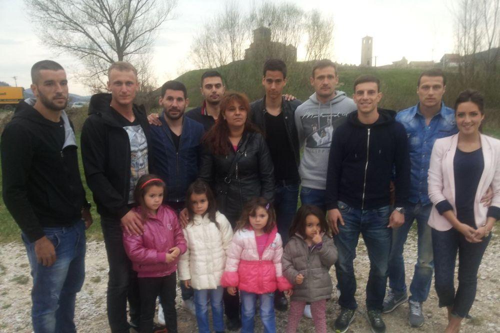 SPORTISTI VELIKOG SRCA: Aca, Sale, Nine i Bogdan podižu kuću za četiri devojčice!