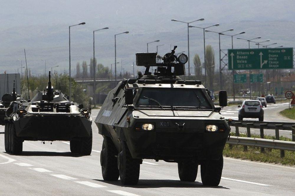NAPAD NA MAKEDONIJU: Policija povratila kontrolu nad karaulom, u toku potera za teroristima UČK!