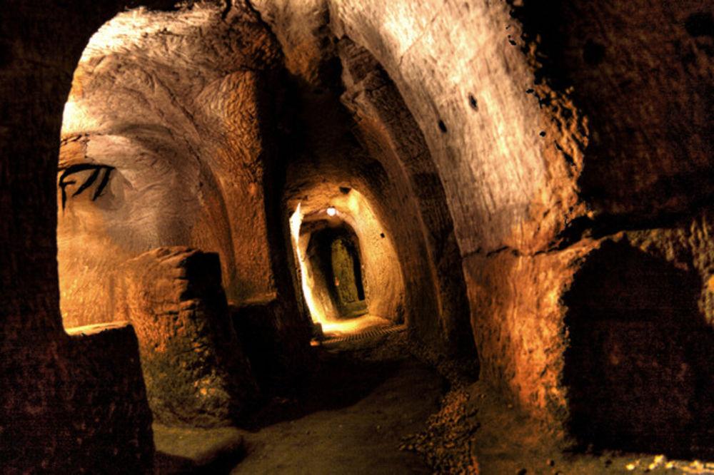MRAČNE TAJNE 8 TURISTIČKIH ATRAKCIJA: Nećete verovati šta se krije u ovim tunelima!