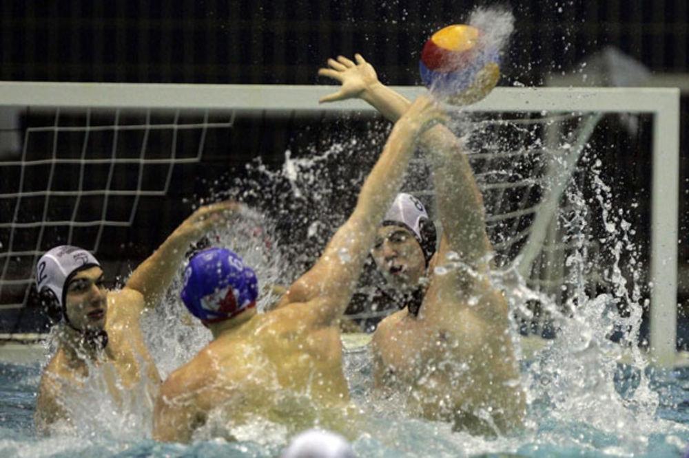 NEMA GREJANJA: Večiti derbi će biti odigran u hladnom bazenu