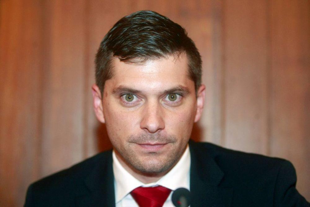 Nikola Nikodijević čestitao Božić Hočevaru i vernicima