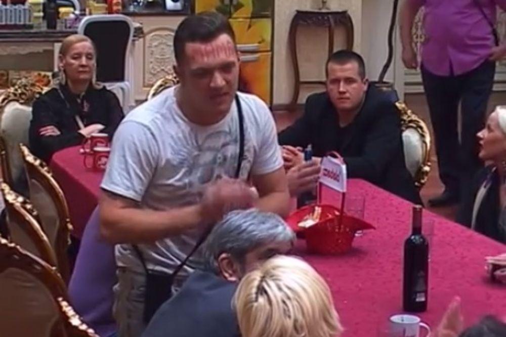 (VIDEO) PRETNJE U PAROVIMA Gastoz: Jelena, završićeš na Urgentnom!