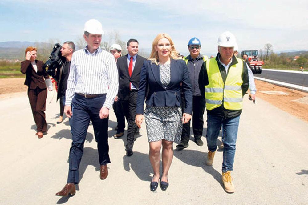 Novca ima, Koridor 10 i Žeželjev most biće gotovi u 2016!