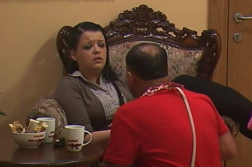 (VIDEO) ZMAJ OD ŠIPOVA SE ŽENI: Ilija izabrao zmajicu i zaprosio je!