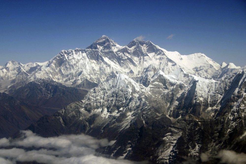 POSLE ŠESNAEST GODINA: Na Himalajima pronađena tela poznatog planinara i snimatelja
