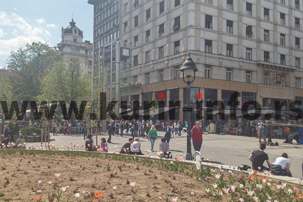 FOTO BG IZMEĐU MITINGA I DERBIJA: Mirno na ulicama pune šetača