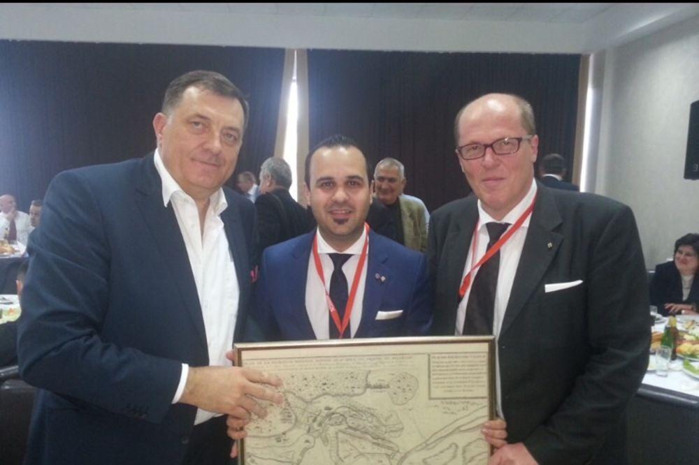 ŠTRAHEOVI KOD DODIKA: Podržaćemo Republiku Srpsku ako želi samoopredeljenje