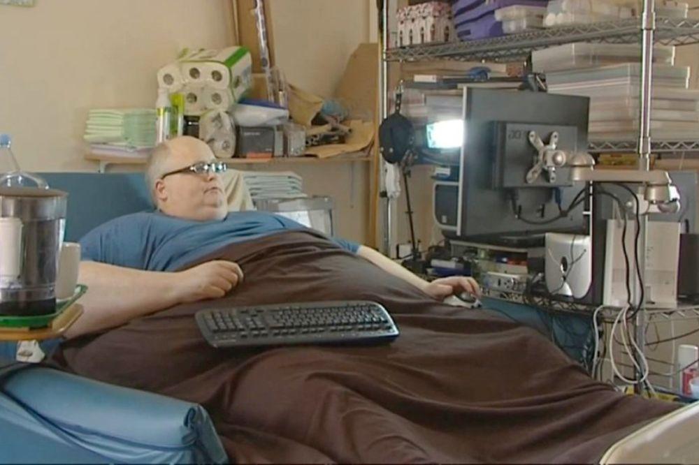 (VIDEO I FOTO) Pol (54) je imao 444 kilograma, a u utorak će imati 109!