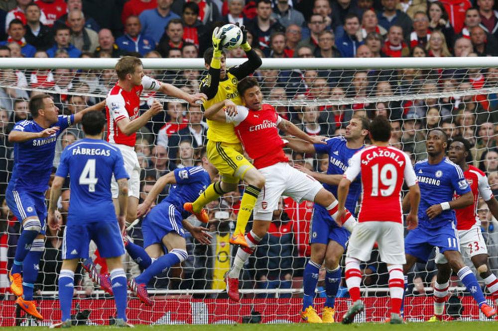 PLAVCI KORAK BLIŽE TITULI: Arsenal i Čelsi igrali bez golova u londonskom derbiju