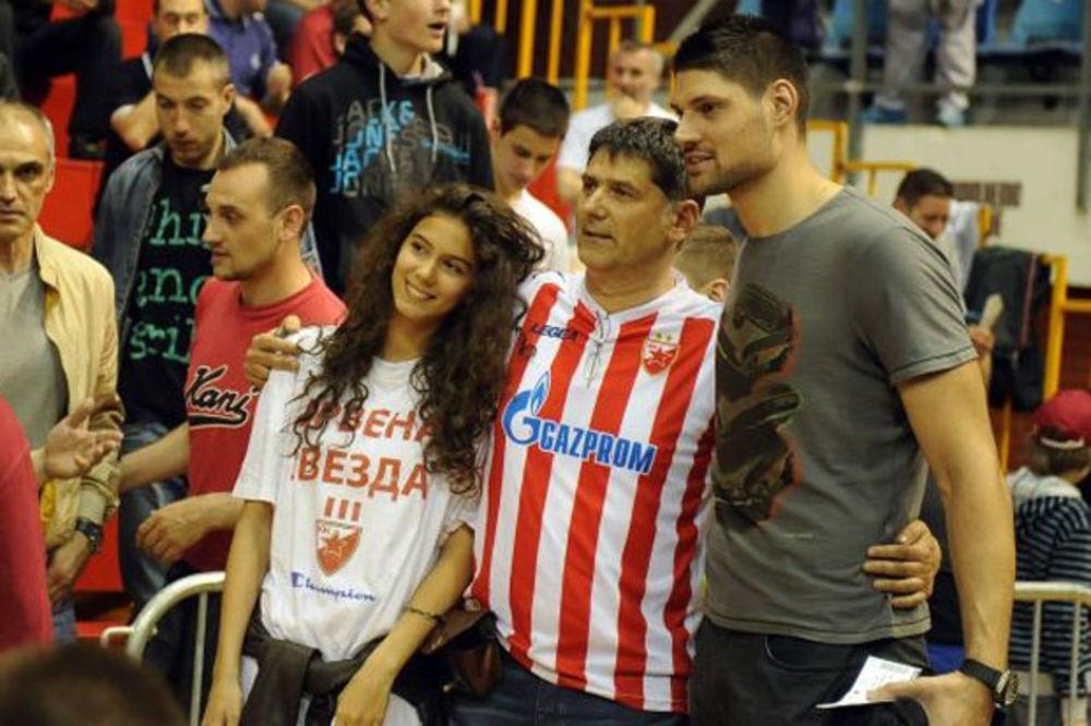 (FOTO+VIDEO) NBA ZVEZDA UZ CRVENO-BELE: Vučević bodrio Zvezdu protiv Cedevite