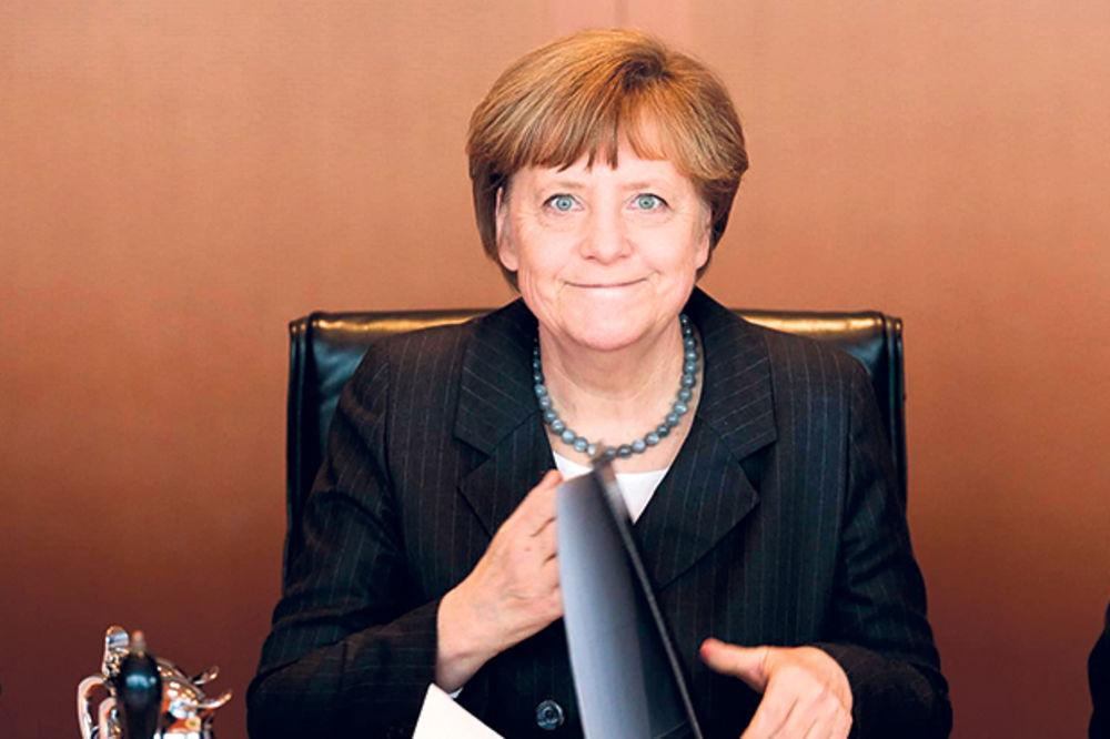 PRITISAK: Merkelova šalje nove uslove Srbiji