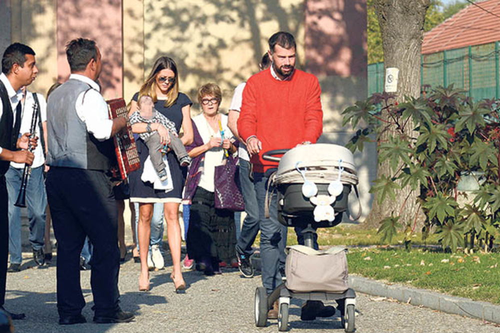 POPUSTIO: Kežmanu bivša žena uzela sina Filimona