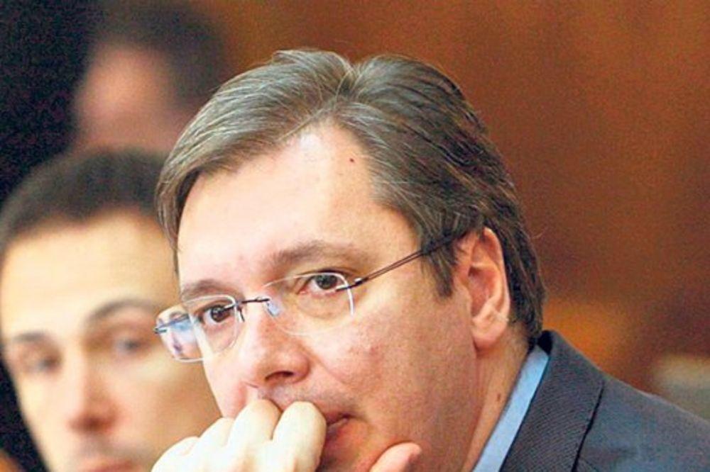 PREMIJER NAJAVIO PREOKRET: Vučić nudi ostavku?!