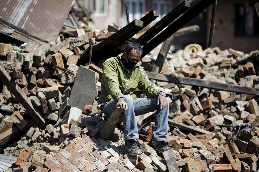 NOV BILANS - 3.635 MRTVIH: 5 milijardi dolara koštaće Nepal obnova posle zemljotresa