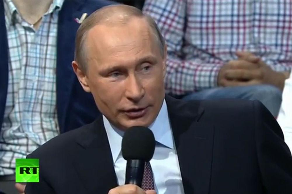 (VIDEO) PUTIN: Rusija je lako mogla raspadne po jugoslovenskom scenariju