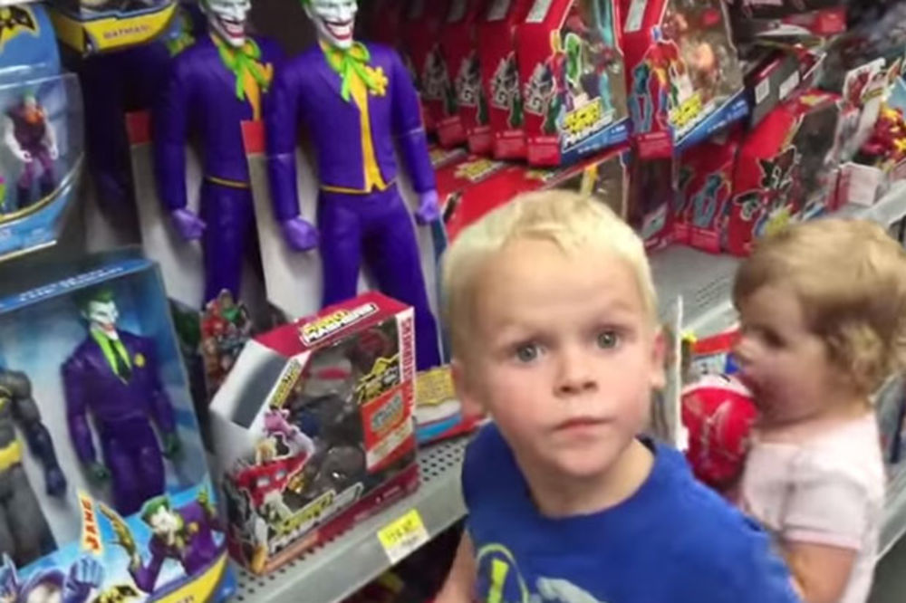 (VIDEO) BETMEN IMA NOVOG RIVALA: Evo kako je dečak pomešao Đokovića i Džokera