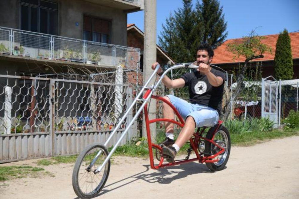 (FOTO) NAZIVALI GA LUDAKOM: Ovaj Srbin od đubreta pravi bicikl koji u Nemačkoj košta 20.000 evra!