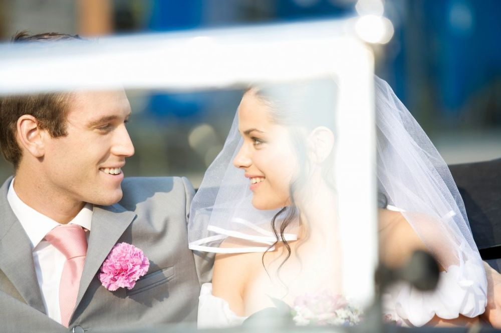 AKO NEĆETE DA SE RAZVEDETE: Evo kad bi trebalo da se udate!