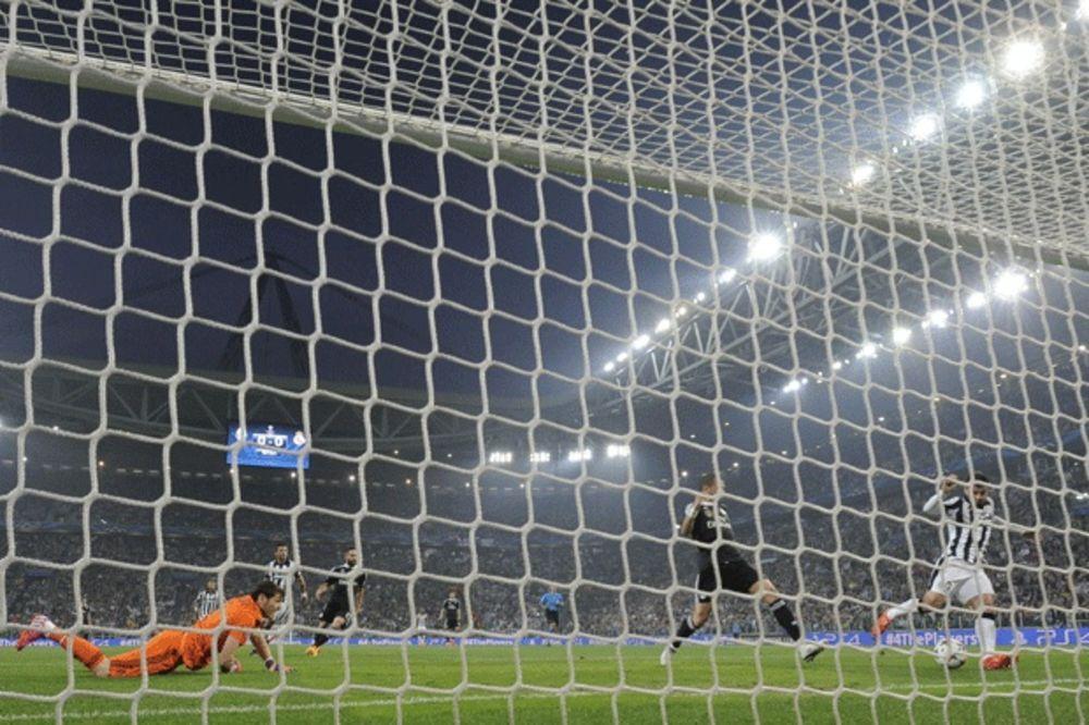(FOTO, VIDEO) NIJE SAMO RONALDO OBORIO REKORD: Kako je Juventusova tika-taka slomila Real