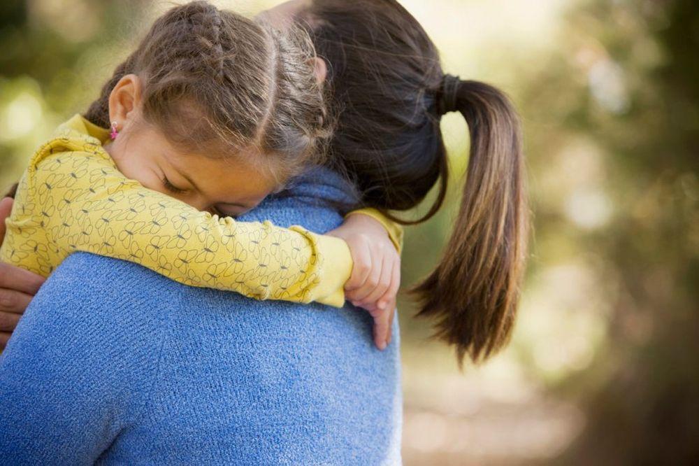 Majčin dan: najljepši citati o majkama Devojcica-mama-foto-profimedia-1430999852-655571