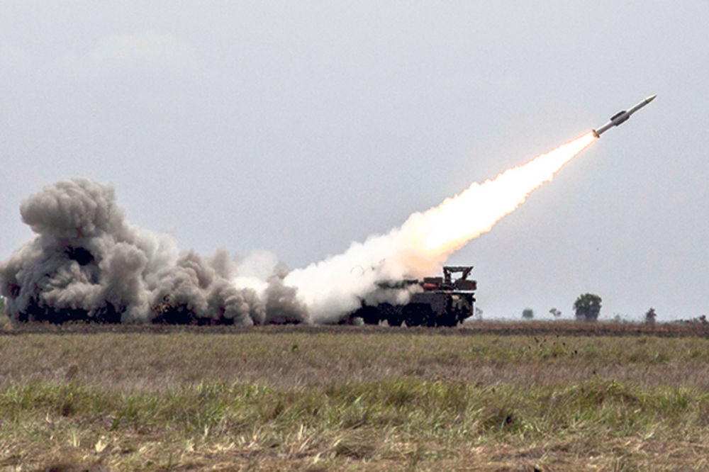 USAVRŠILI ORUŽJE: Iran predstavio preciznu raketu