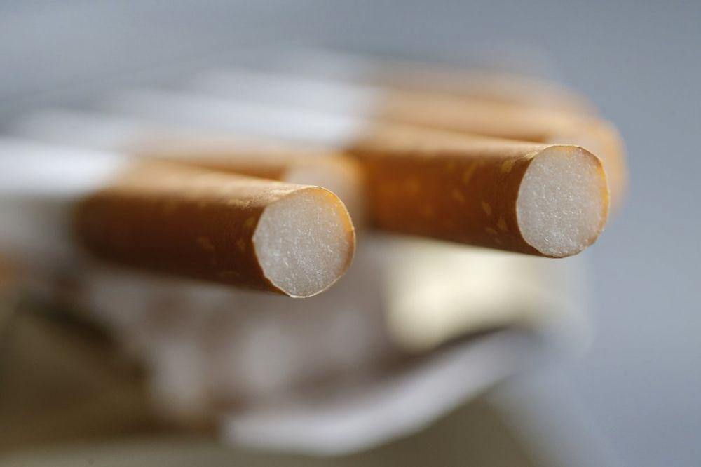 ALARMANTNO: U Srbiji puši svaki 5. tinejdžer?!