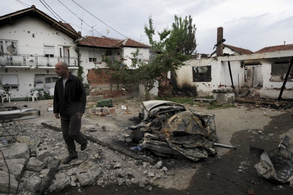 PROVOKACIJA: Albanci teroriste iz Kumanova dočekali kao heroje!