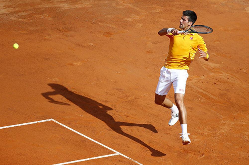 KLADIONICE: Novak Đoković bez većih problema slavi na Rolan Garosu