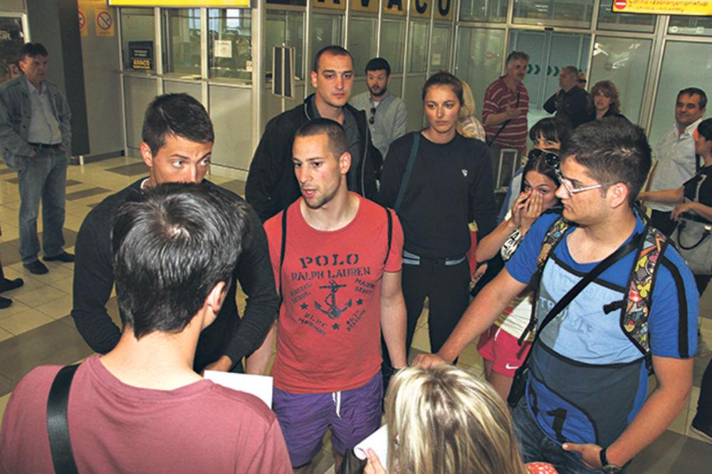 MAŠINIJADA U TIVTU: Studenti se otrovali, kuhinja zatvorena