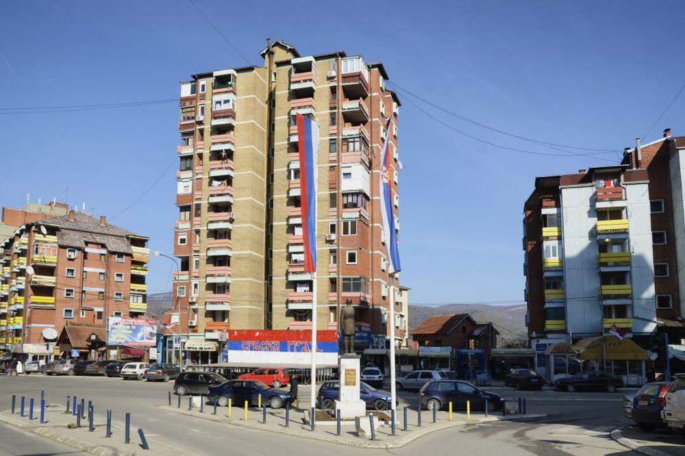 INCIDENT U MITROVICI: Iseljenje srpske por