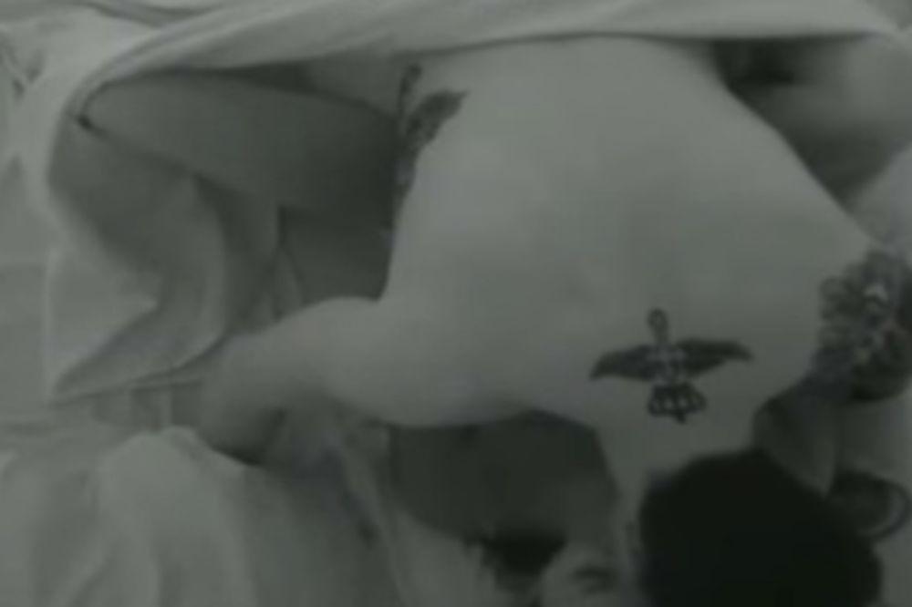 (18+ VIDEO) POMERILI I POKRIVAČ: Ružica i Filip imali seks pred kamerama!
