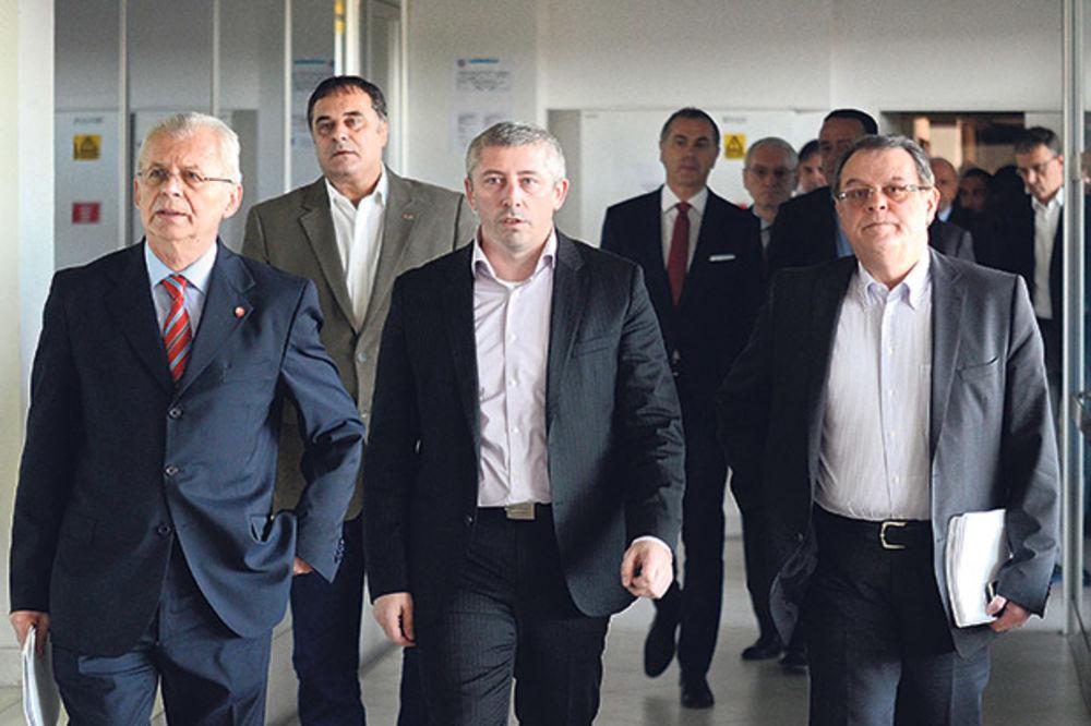 PROZIVKE ZBOG PARA: Čović izazvao haos u Zvezdi!