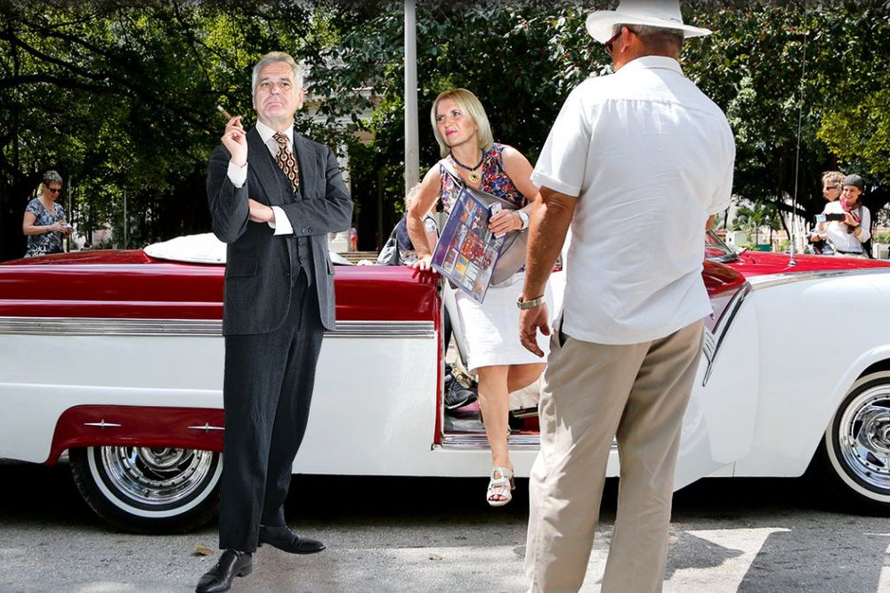 GDE ONO BEŠE SRBIJA:  Nikolići i 13 dvorjana baškare se u Havani!